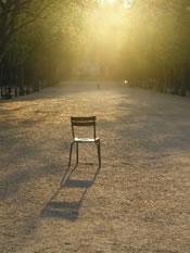 Chaise et lumière